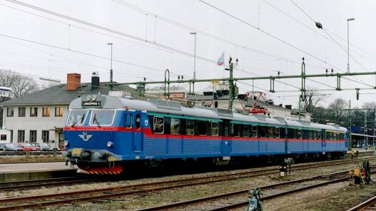 Norwegian Suburban emu_ABB photo 1993