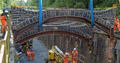 LNW-Manchester-Preston-bridge-lift-1024x538