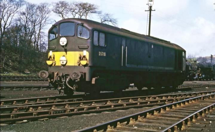 D5716 at Carnforth - Mandy Sharpe