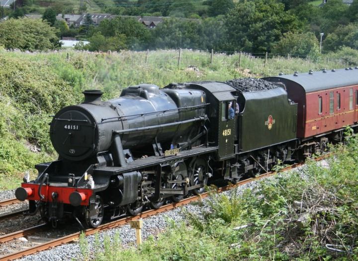 Stanier 8F nearing Dalton in 2008