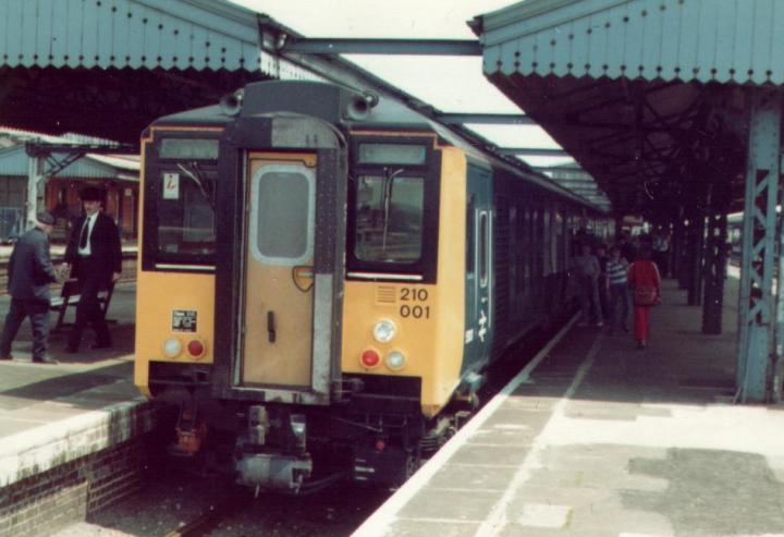 British_Rail_210001