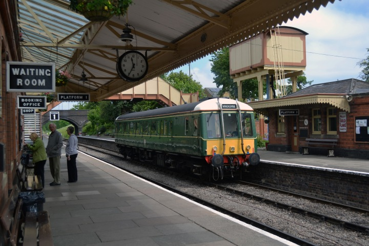 W55003_at_Toddington