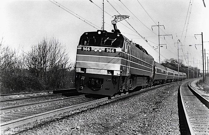 E60CP and Amfleet train