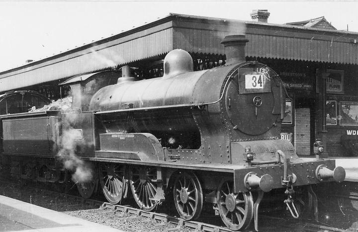 Lens of Sutton - LNWR 4-6-0